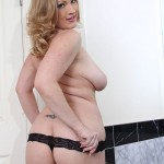 Squirting Blonde Babe Vicky Vixen Cums So Easily 08